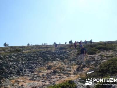 Travesía por la Sierra de la Maliciosa - Senderismo Madrid; tienda montaña
